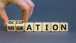 教育界如何應對新一波教師移民現象