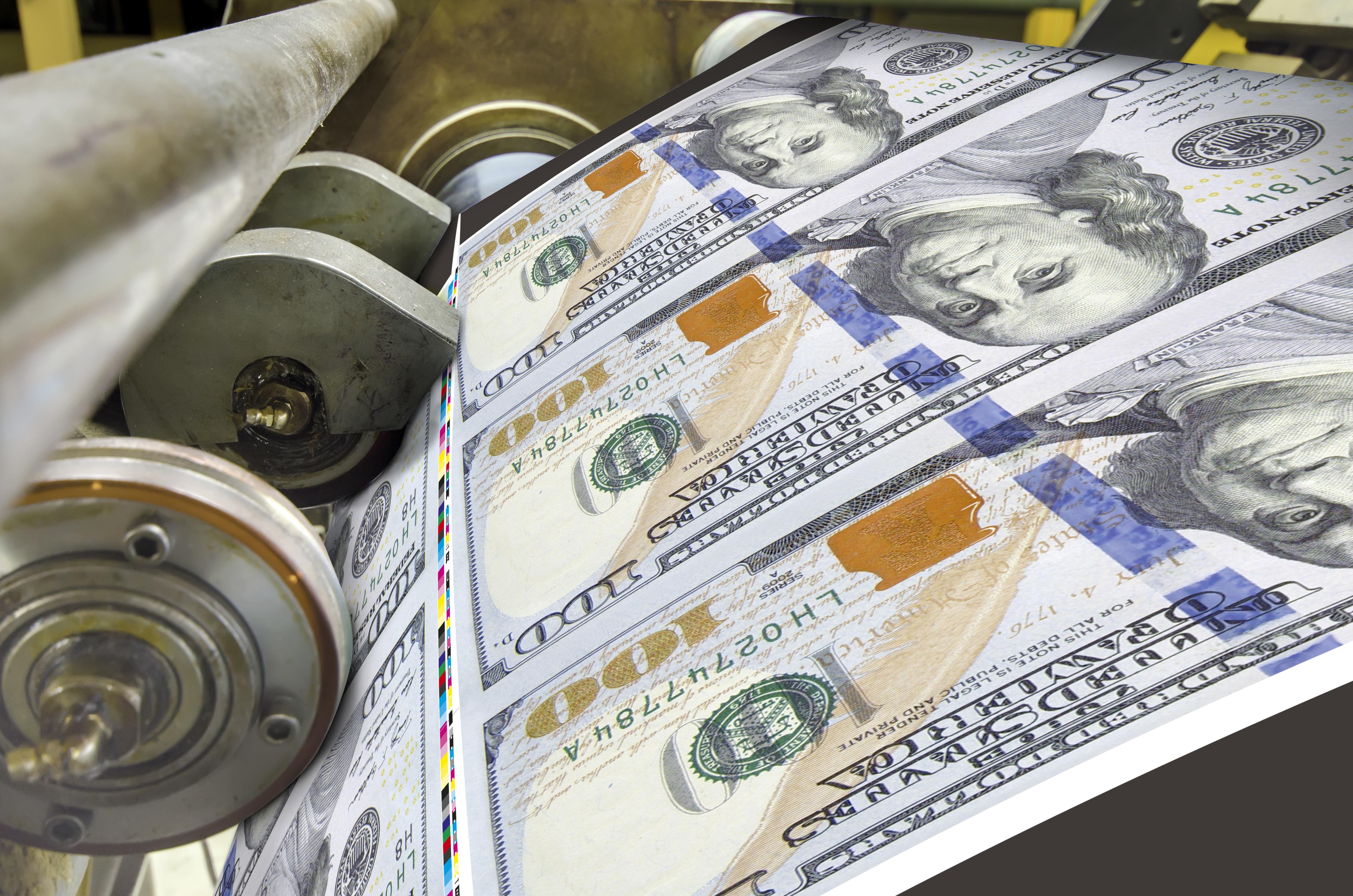 西方國家干預經濟的救命草便是量化寬鬆,可是派錢不是解決問題,派錢只是把問題推到後面去。(Shutterstock)