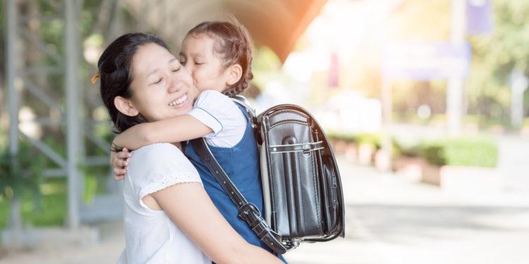 「施恩莫望報」但「得人恩惠千年記」,可況是生我養我育我的父母?(Shutterstock)