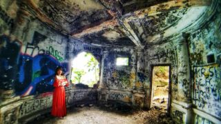 """李小龍「龍爭虎鬥」拍攝海傍廢堡 Abandoned House from Bruce Lee's """"Enter The Dragon"""" Shooting Site"""