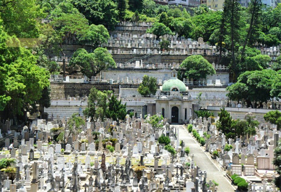 香港墳場是多位歷史名人的長眠地,小教堂設計亦甚具特色。(灼見名家圖片)