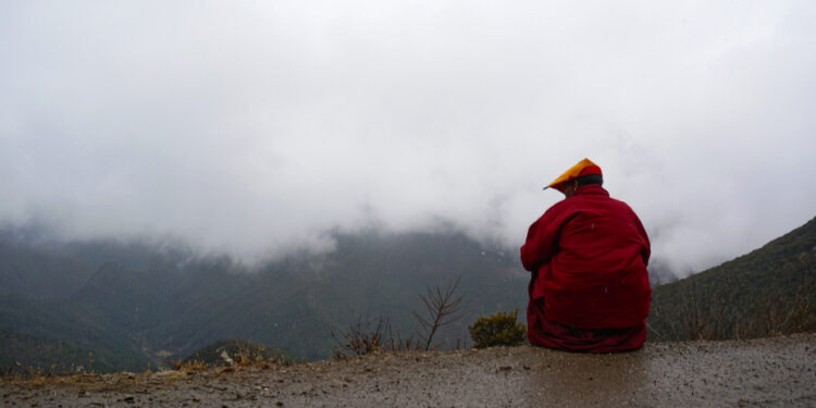 僧人們生活在接近與世隔絕並且超越時間的空間之中,從而得到培育心性的絕佳條件。(Shutterstock)