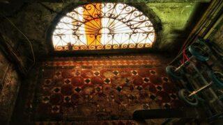 荒廢戰前唐樓的精美地磚和柵花  Exquisite Tiles and Grille at Deserted Pre-War Shophouse