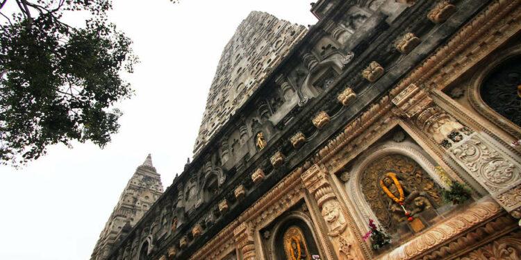 曾經有人問法師:「你的書我已經差不多看完了,為什麼還未看到你遇見佛陀?」(Shutterstock)