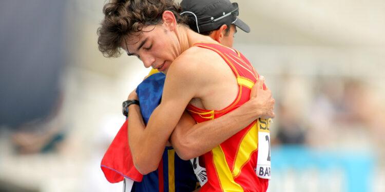 奧運精神本意是跨民族跨國界,但大部分人都拿獎牌數目和國力掛鈎,倒是年輕人能夠真正做到重運動輕國界。(Shutterstock)